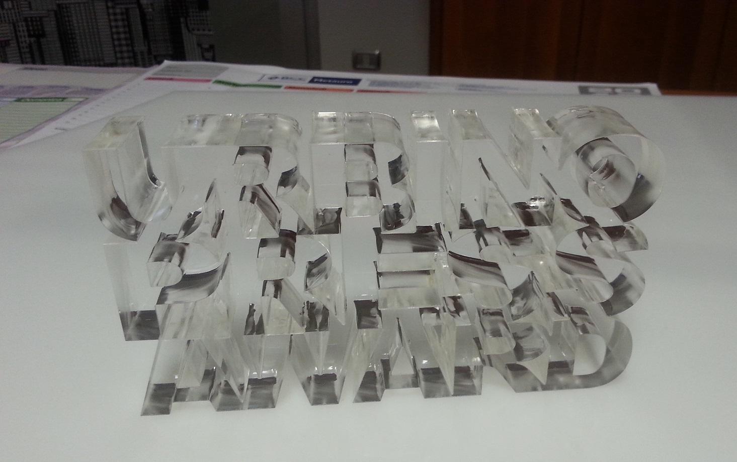 Taglio Plexiglas 30 mm