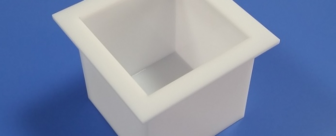 Lavorazione Plexiglass su misura