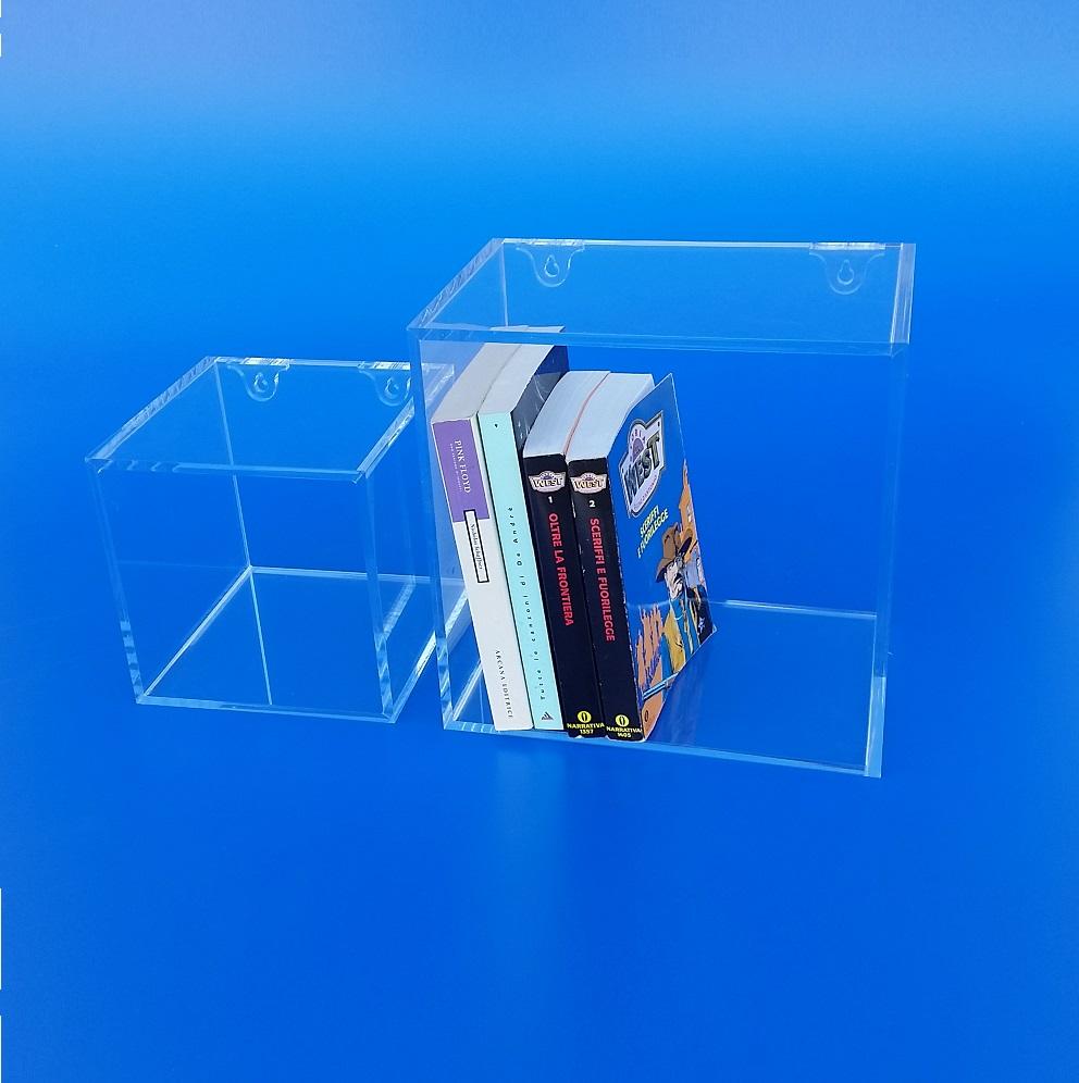 Cubi libreria in plexiglass da parete