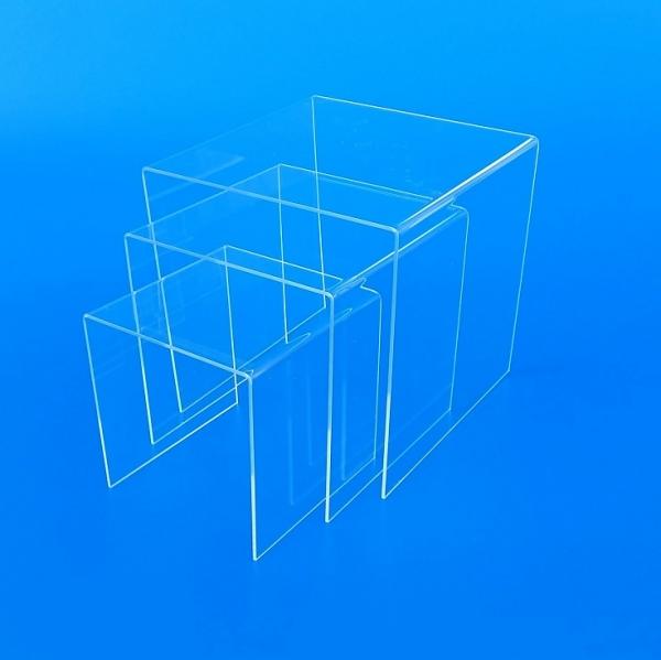 Tavoli - Tavolini - Alzatine in plexiglass trasparente su ...