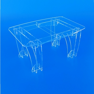 Tavoli in plexiglass trasparente